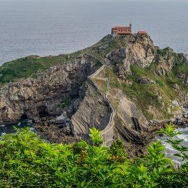 Le Pays Basque, un lieu de camping à forte personnalité